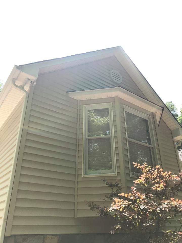 Pressure Washed Siding on a Home